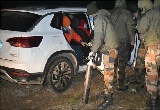 भारतीय सेना ने उत्तरी सिक्किम में चीनी नागरिकों को बचाया