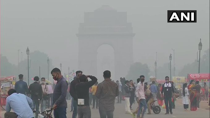 राष्ट्रीय राजधानी दिल्ली में प्रदूषण बढ़ने से दृश्यता (विज़िबिलिटी) हुयी बहुत कम!