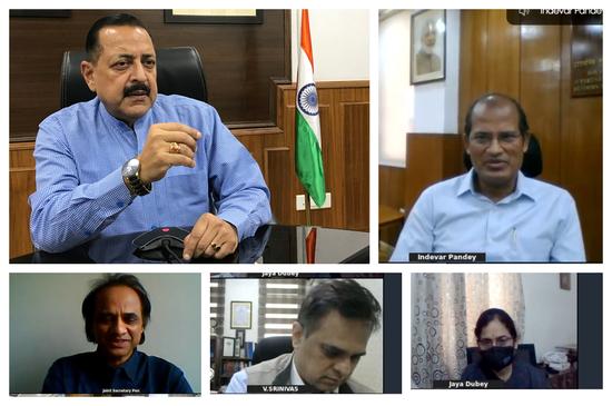 डॉ. जितेंद्र सिंह ने कहा, महामारी के कारण अस्थाई पेंशन के नियमों को उदार बनाया गया है और लाभार्थियों की सुविधा के लिए समय सीमा का विस्तार किया गया है