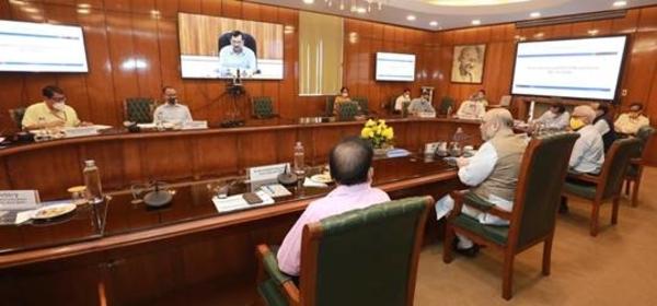 COVID-19: गृहमंत्री श्री अमित शाह की अध्यक्षता में हुई बैठक में दिल्ली में COVID की Containment Strategy पर डॉ. पॉल समिती रिपोर्ट का प्रस्तुतीकरण
