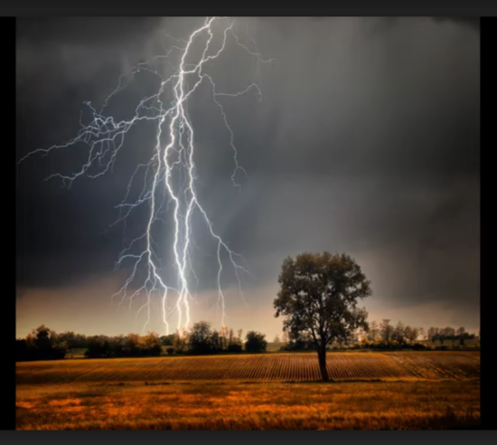 Climate कहानी: ग्लोबल वार्मिंग बढ़ा रही आकाशीय बिजली की तीव्रता और आवृत्ति