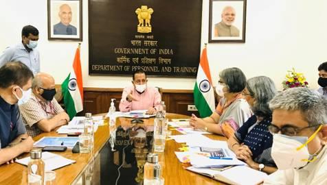 केंद्रीय मंत्री डॉ. जितेंद्र सिंह ने वित्त मंत्रालय द्वारा निर्धारित अप्रैल-जून तिमाही में विभागीय व्यय में 65 प्रतिशत से अधिक की बचत के लिए डीओपीटी की सराहना की, जो वित्त मंत्रालय द्वारा निर्धारित बचत से 20 प्रतिशत से भी ज़्यादा